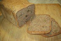 Pan integral de espelta con semillas